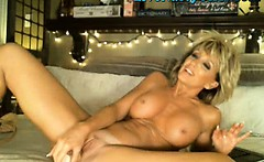Hot Mature Milf Masturbates On Webcam FULL
