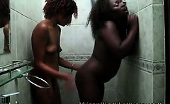 2 Horny africans with stunning asses go naughty during hot