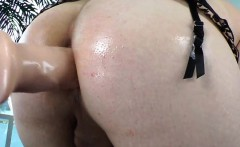 Seductive shemale masturbate then got her asshole toyed