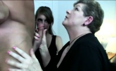 Blowjob loving MILFs in threesome