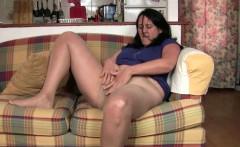 British mum rubs her mature pussy