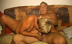 OmaPass old lady masturbating her pussy with toy