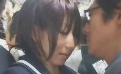 Naive Schoolgirl in Tokyo Bus!