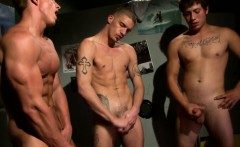Real straight guy jerking and cumming
