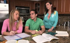 Threesome with stepmom at the kitchen