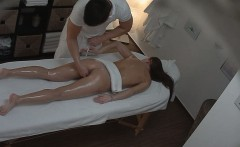 Sexy Massage Leads to Fantastic Sex
