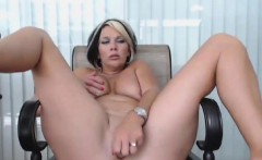 Latina MILF fucks herself with a toy