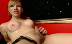 Transsexual ejaculates on her own face