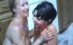 Ice cream food fight results in chills