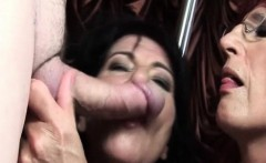 Orgy matures giving rimjobs and eating cocks