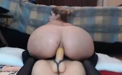 Sexy MILF Reverse Dildo Fucking on Webcam