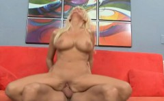 Bodacious blonde cougar gets her wet peach eaten out and drilled good