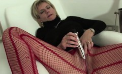 Unfaithful british milf lady sonia presents her big melons