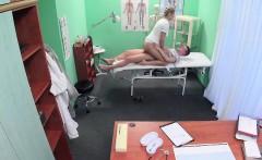 FakeHospital Stud caught giving nurse a creampie