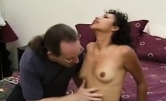 Facialized newbie joining in retro threesome