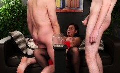 Frisky idol gets cumshot on her face swallowing all the love