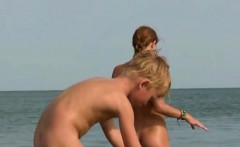 Hairry Close-Up PUSSY Nudits Amateurs Beach Video