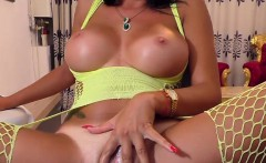 luxury amazing breasted cammodel plays with her sweet pussy