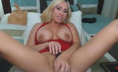 Blonde Cougar Love Toying Her Wet Pussy And Vibrating Her Cl