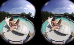 VirtualPornDesire Gina Gerson Plays By The Pool 180 VR