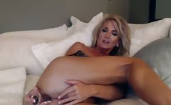 Mature Webcam Whore Dildos Her Pussy Part 5