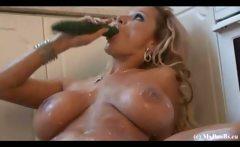Busty MILF masturbate in kitchen