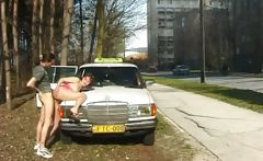Babe gets fucked on the street while cars passing by