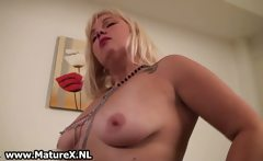 Nasty mature fat woman getting