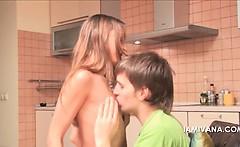 Teen hottie Ivana gets her little boobs sucked in kitchen