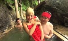 Subtitled Japanese newhalf gyaru group onsen experience