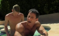 Asian muscle extreme gay porn xxx The guy likes what he sees