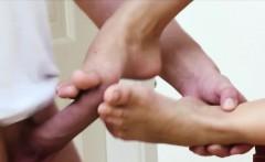 Dutch teens feet jizzed