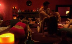 Amateur couple in the groupsex mansion for the first time