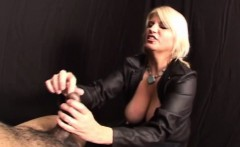 Stella the domina dominates her slave
