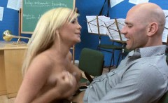 Big Blonde boobs in Music Class