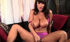 Busty Lisa Ann Fingers Her Shaved Pussy