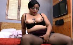 Latina milf Karina craves sexual relief