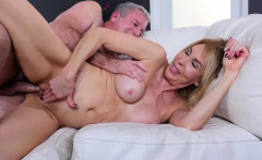 Blonde MILF Erica Lauren gets treated to a fat cock