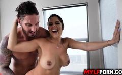 MILF whore Diamond Kitty fucked in the bathtub