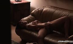Sexy asian slut gets horny fingering